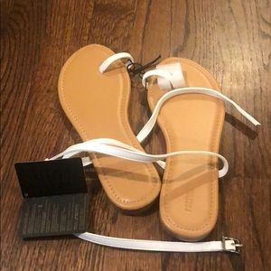 NWT Size 6 white wrap around Forever 21 sandals